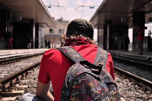 Lavoro, il 51% dei giovani pronto a lasciare l'Italia