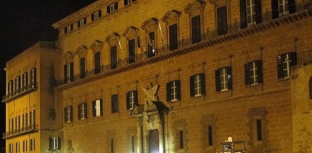 Giovedi' mozione di sfiducia a Crocetta. Il parlamento manderà a casa se stesso?
