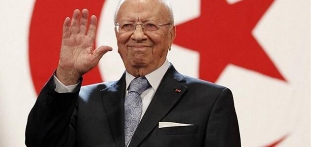 Tunisia, prime elezioni libere. Al voto per eleggere presidente