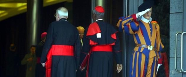 Vaticano, anche per i cardinali dimissioni a 75 anni
