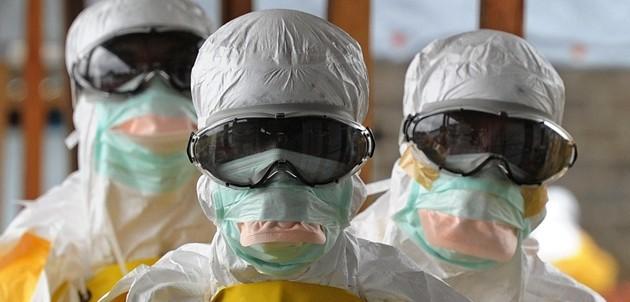 """Ebola, la lettera del medico contagiato: """"Non sono un eroe ma un soldato ferito"""""""