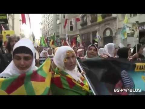 Istanbul, migliaia in piazza a sostegno combattenti curdi