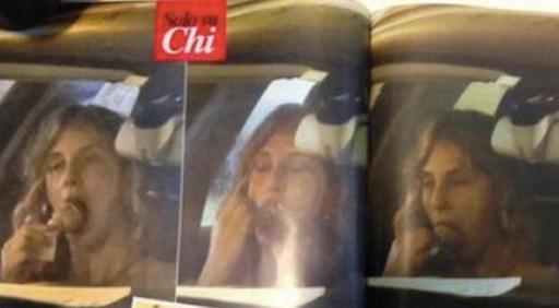 """Madia fotografata con il gelato. """"Il fatto si commenta da sé"""""""