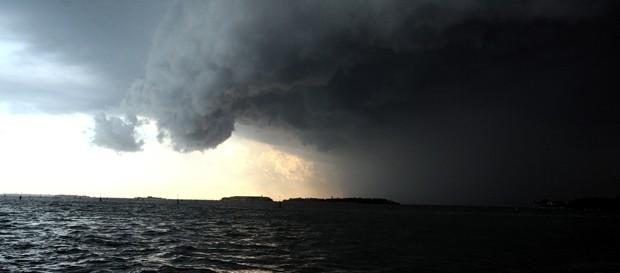 Protezione civile, rischio ciclone tropicale sulle coste sud-est della Sicilia