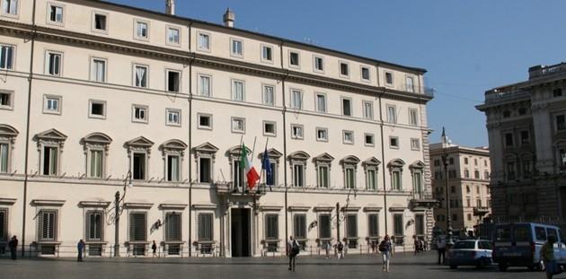 Berlusconi da Renzi, si cerca l'intesa sulla legge elettorale