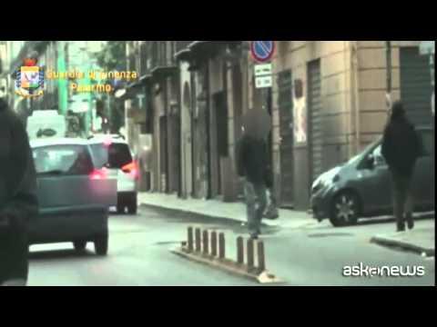 Palermo, la Gdf scopre un falso cieco che gestiva una pescheria