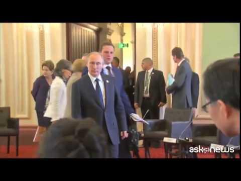Putin sotto pressione su Ucraina, lascia G20 in anticipo