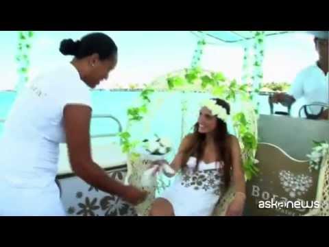 Un matrimonio sott'acqua nella laguna blu di Bora Bora