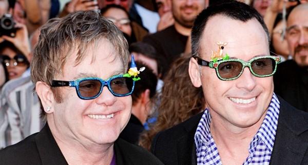 Elton John e David Furnish si sposeranno il 21 dicembre