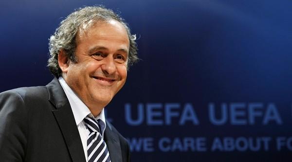 Calcio, Platini annuncia ricandidatura a presidenza Uefa
