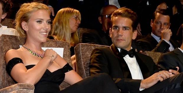 La Johansson beffa tutti, nozze in gran segreto con Romain