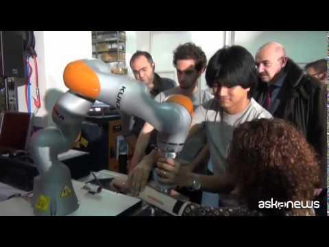 Ecco il nuovo robot intelligente che impara dall'uomo e lo copia