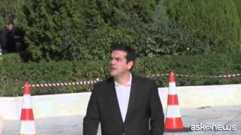 Fallita elezione Presidente greco, voto anticipato il 25 gennaio