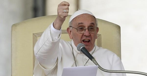 """Papa Francesco nella Domenica delle palme: sulla via dell'umiltà di Dio, """"sarà l'amore a guidarci e a darci forza"""""""