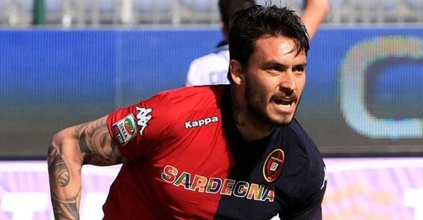 Calcio, il Genoa cede Pinilla all'Atalanta per 2,8 milioni