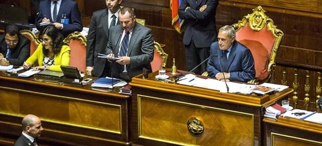 Italicum, ok del Senato al premio di lista al 40%