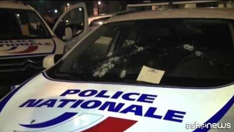 Charlie Hebdo, in tutta la Francia caccia ai killer in fuga