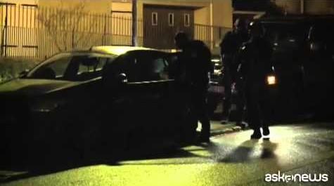 Francia, Valls: tremila potenziali jihadisti da sorvegliare