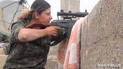 Kobane, ecco le ragazze curde che hanno sconfitto l'Isis