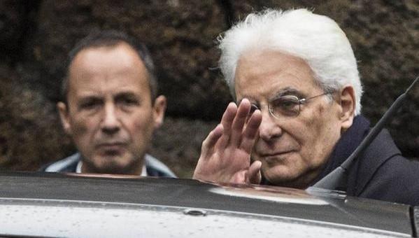 Mattarella si prepara al giuramento, domani ci sarà anche Berlusconi