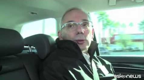 Mobilità intelligente al Ces, l'auto si guida da sola