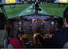 Imparare a pilotare simulatore per vincere paura del volo