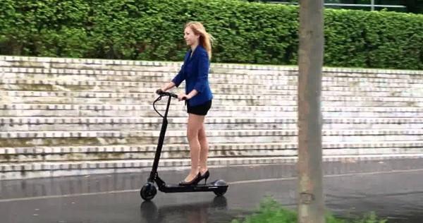Arriva Egret One, monopattino elettrico per la mobilità urbana