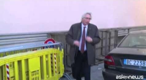 A vigilia verdetto Giglio, Schettino lascia l'aula per protesta