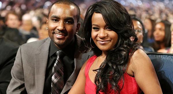 In fin di vita la figlia di Whitney Houston, indagato il fidanzato
