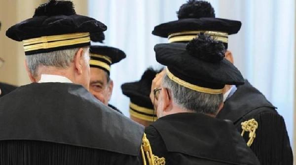 Corte Conti: la politica costa troppo. Nel mirino dei magistrati i gruppi del parlamento siciliano