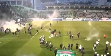 Grecia, troppa violenza: stop ai campionati di calcio