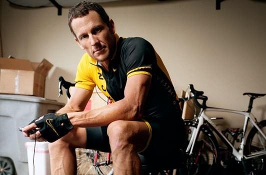 Ciclismo, Armstrong condannato a risarcire 10 milioni di dollari