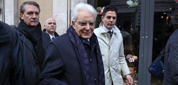 """Morte neonata, unanime sdegno e commozione. Mattarella esprime """"incredulità"""". Le reazioni"""