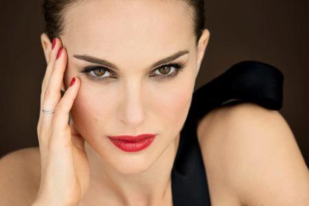 Berlino, il red carpet di Natalie Portman e Bale