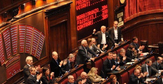Forcing sulle riforme boschi avanti anche senza forza for Votazioni parlamento oggi