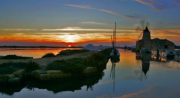 Una laguna in Sicilia luogo del cuore Fai in vista di Expo