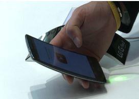 Quando le dimensioni contano, cellulare va di moda Maxi (VIDEO)