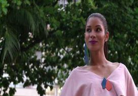 Niente Fashion Week e le modelle di Rio sfilano per le strade (VIDEO)