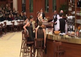 Chanel ambienta sfilata in una brasserie parigina