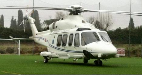 """Guasto all'elicottero, atterraggio di emergenza per Renzi. Scoppiamo le opposizioni: """"Una vergogna"""""""