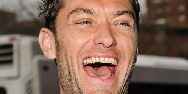 Fumata bianca, Jude Law sarà il Papa di Sorrentino