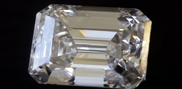 """A Dubai """"il diamante perfetto"""" da oltre cento carati (VIDEO)"""