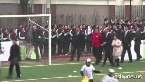 Principe William ambasciatore calcio in Cina (VIDEO)