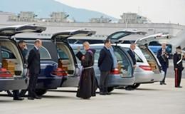 Strage Tunisi, arrivate in Italia le quattro salme. Identificate tutte le altre 21 vittime