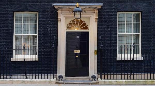 Gb: a un mese dalle elezioni testa a testa Tory-Labour