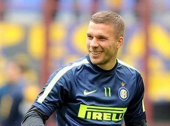 Podolski dà l'addio all'Inter: a fine stagione torno all'Arsenal