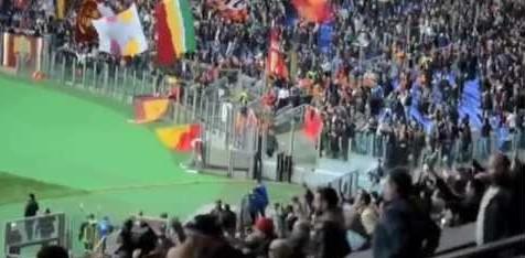 Calcio: Roma-Napoli, striscioni contro mamma Ciro Esposito
