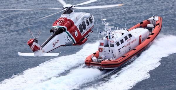 Oltre 10 tonnellate di hashish su una nave, 9 arresti a Catania. Lo stupefacente era a bordo di un peschereccio olandese