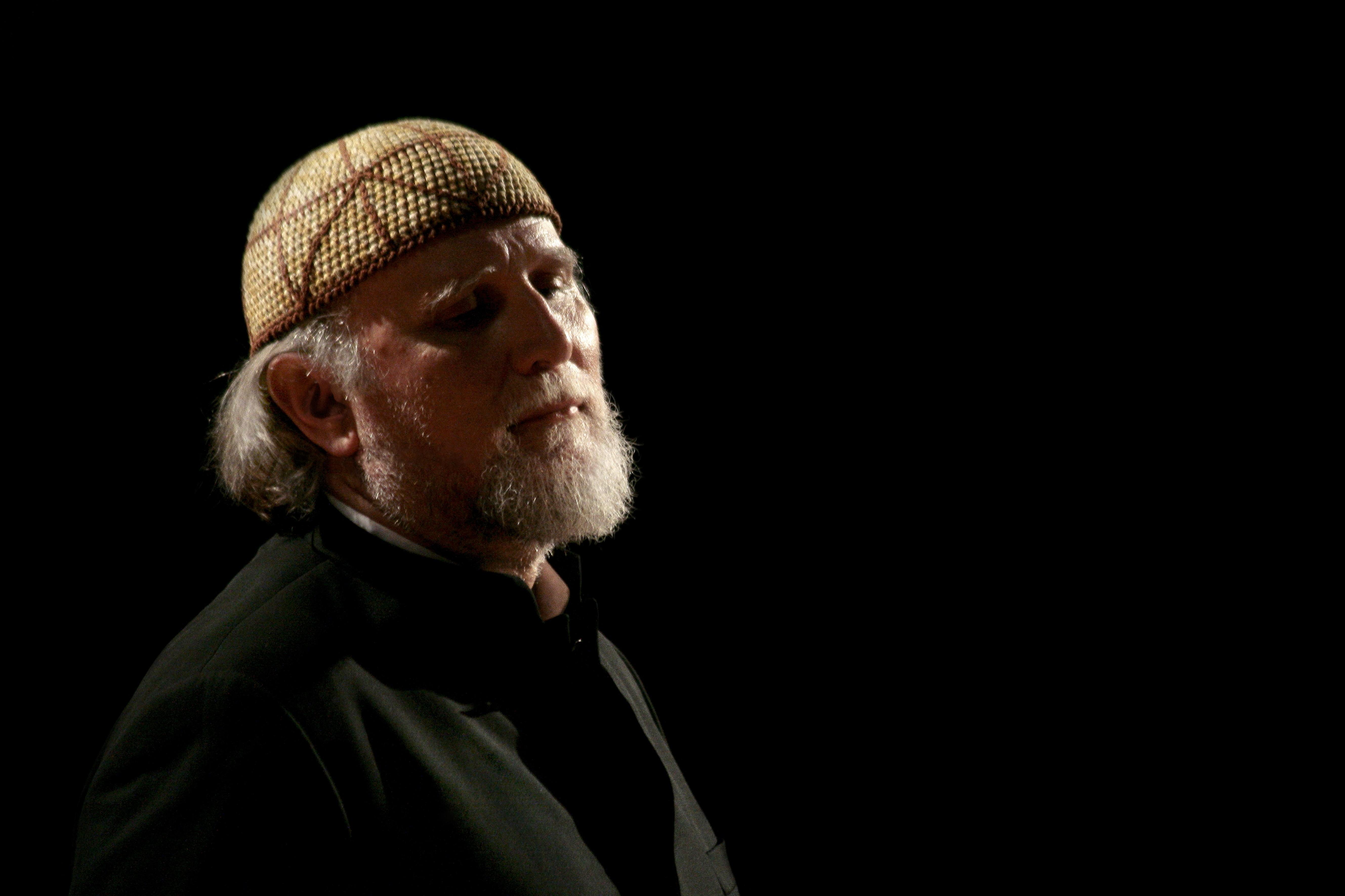 Teatro: a Siracusa Ovadia recita Eschilo in siciliano