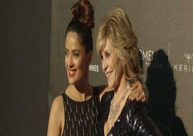 Cannes, lusso e champagne alla cena con Fonda, Del Toro e Hayek (VIDEO)